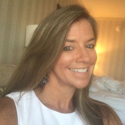 Lori Coonfield (@loricoonfield) Twitter profile photo