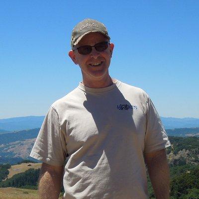 Robert Dye (@rowbeardi) Twitter profile photo