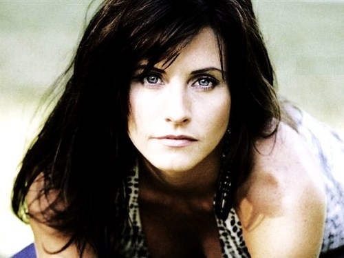 Courteney Cox Social Profile