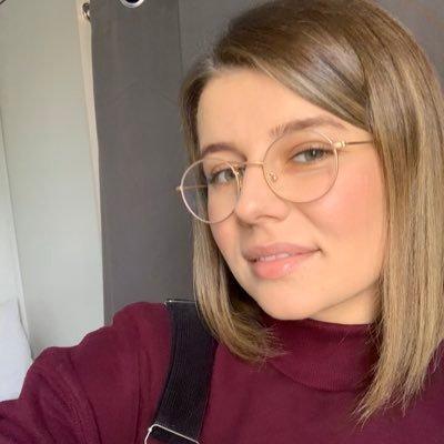 Ania (@aniaszuszu) Twitter profile photo