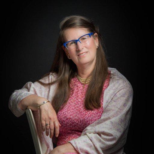 Dr Sylvia Benjamin