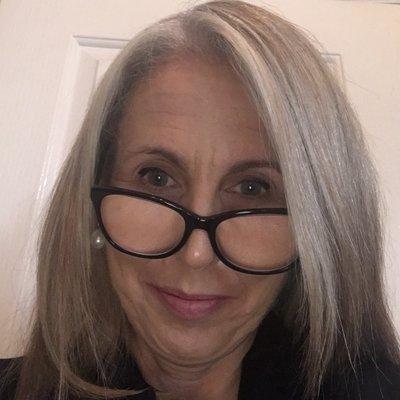 Dr Lorraine Hammond AM (@DrLSHammond) Twitter profile photo
