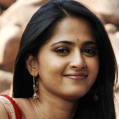 anushka shetty hairstyle name
