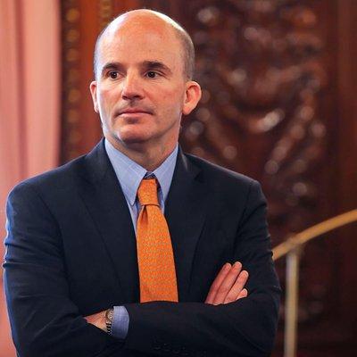 José A González Anaya