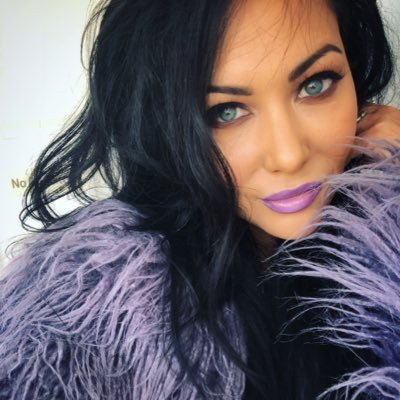 Carla Harvey (@carlaharvey )
