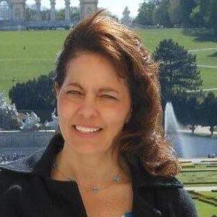 Carmelina Livingston (@carmlivingston) Twitter profile photo