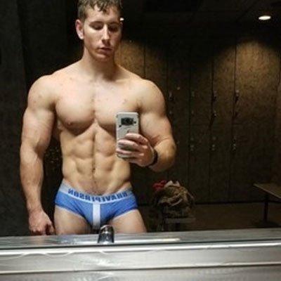 Hotmuscles6t9