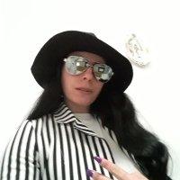 Giulia@90911103