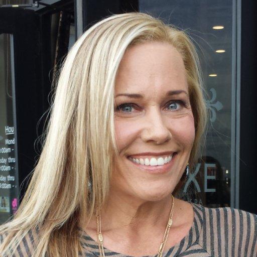 Suzanne McCain