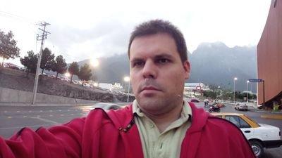 Daniel Vela
