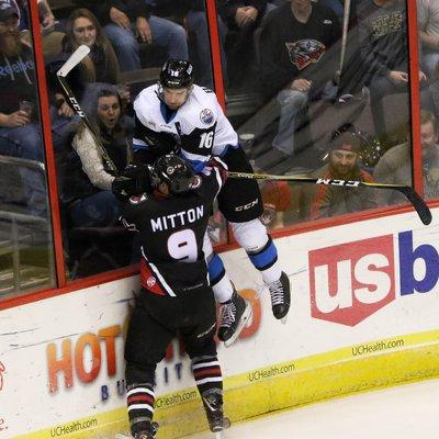 Hockey hook up