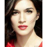 Kriti Sanon Admirers (@KritiAdmirers) Twitter profile photo