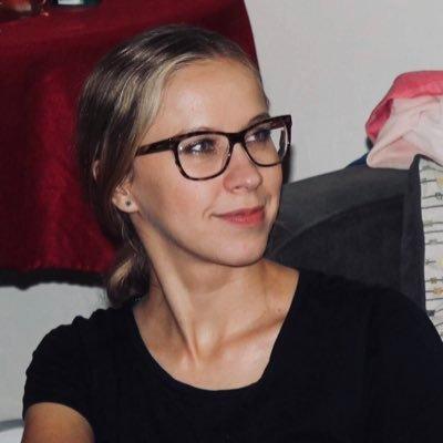 Elena (@mishatilova) Twitter profile photo