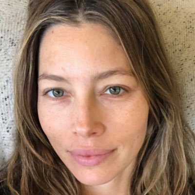 Twitter profile picture for Jessica Biel