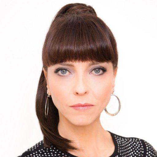 Juliet Landau (@julietlandau )