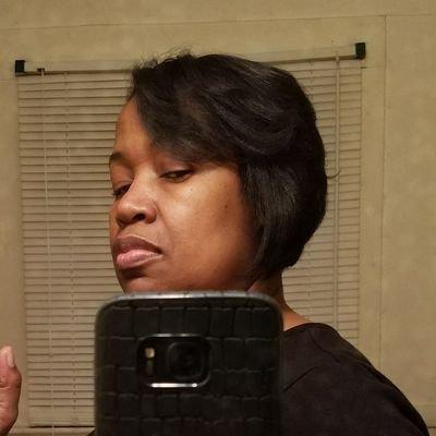 Yvette Jennings (@mrstimj) Twitter profile photo