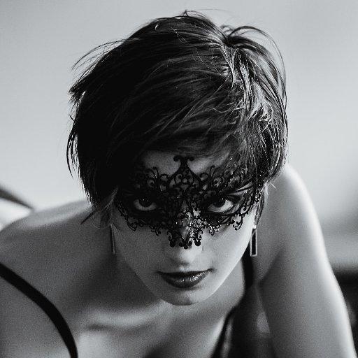 Melody Clark (Rockinbabe) 🎸🔞