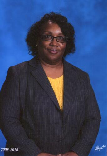 Cynthia M Smith