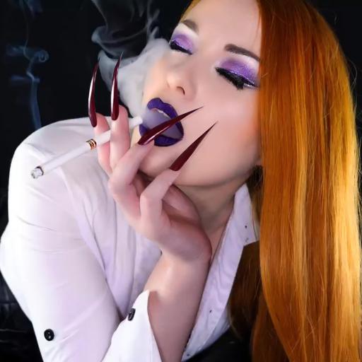 Milf Mature Smoking Fetish