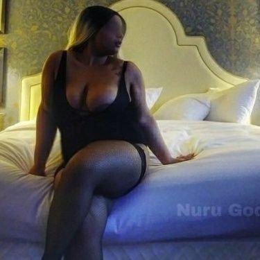 Sexy pics of kairi with big tits