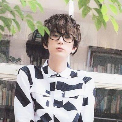 鶴ケ﨑 まなか's Twitter Profile Picture