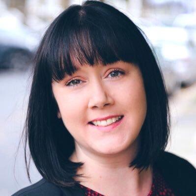 Fiona • Facilitator & Coach