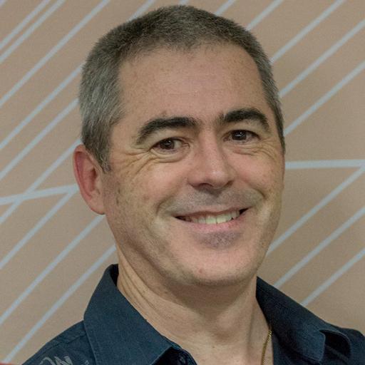 Simon Lindsay