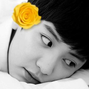 Chanyeol Pics ♡ (@KingLoeyPics) Twitter profile photo