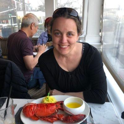 Heidi Crumrine (@HeidiCrumrine) Twitter profile photo