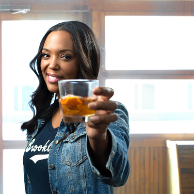 Aisha Tyler (@aishatyler) Twitter profile photo