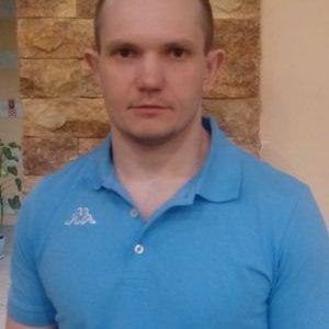 Oleg (@Oleg03581321)