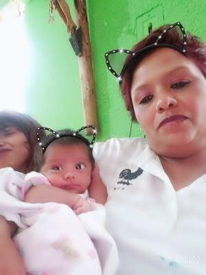 Gloria Diaz Siblings