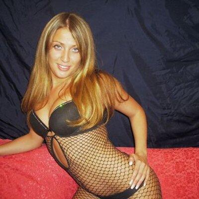first-brunette-pornstar-erotic-fuck-nude-male