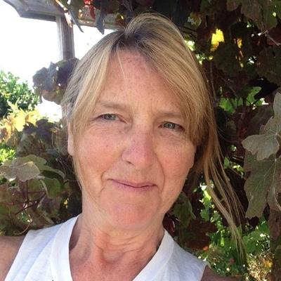 Janet Behan (@janetbehan) Twitter profile photo