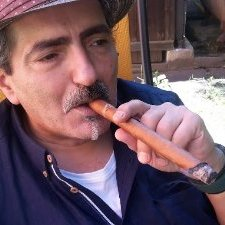 Raul Brecher (@BrecherRaul) Twitter profile photo