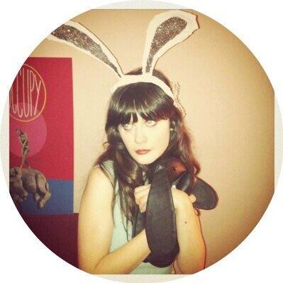 zooey deschanel fan (@zooeyde40832593) Twitter profile photo