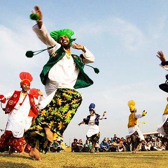 Latest Punjabi Songs on Twitter: