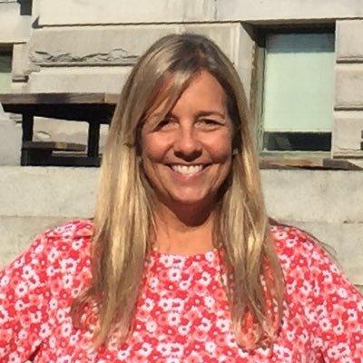 Connie Sharp, NBCT (@Sharp_Librarian) Twitter profile photo