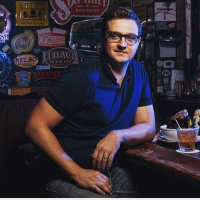 Chris Hayes (@chrislhayes )