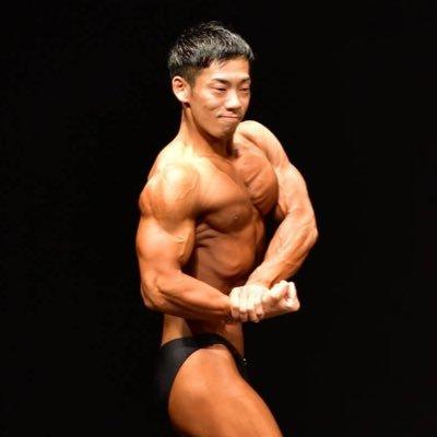 「ミルクボーイ駒場 筋肉」の画像検索結果