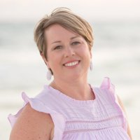 Carly Black (@teachmomrepeat) Twitter profile photo