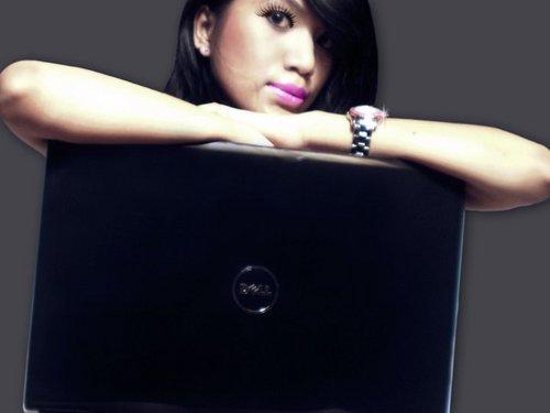 Kristin L Flores