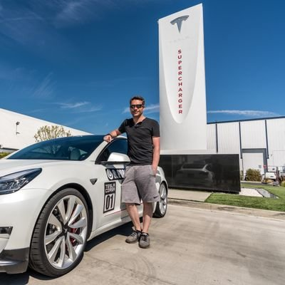 just a guy with a camera documenting my Tesla experience! Check out my YouTube 👇 https://t.co/iLlD9E5gGB https://t.co/SGsfhUHXbb
