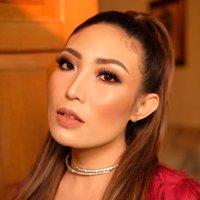 Ayu Dewi ( @mrsayudewi ) Twitter Profile