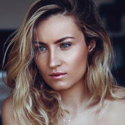 @CamilleDubaux