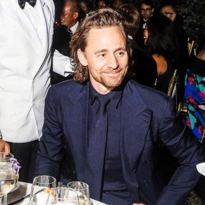 Tom Hiddleston News Tomhiddlesnews Twitter
