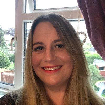 Sarah Bulmer (@SarahBulmer12) Twitter profile photo