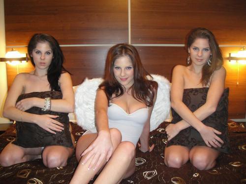 Triplet Porn 60