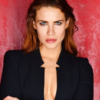 Courtney Hope (@TheCourtneyHope) Twitter profile photo
