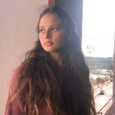 Olivia Allee (@allee_olivia) Twitter profile photo